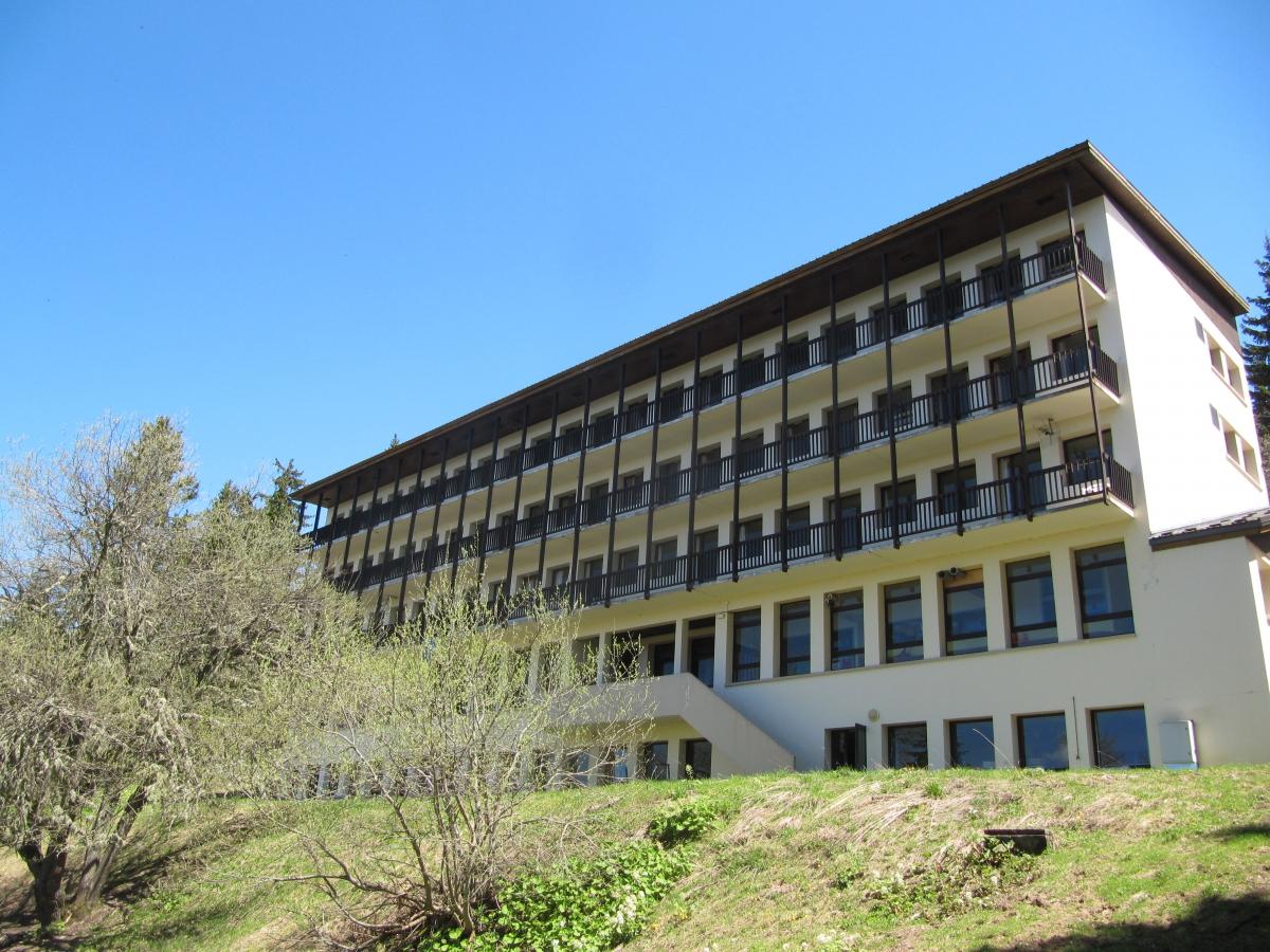 Centre LES MAINIAUX